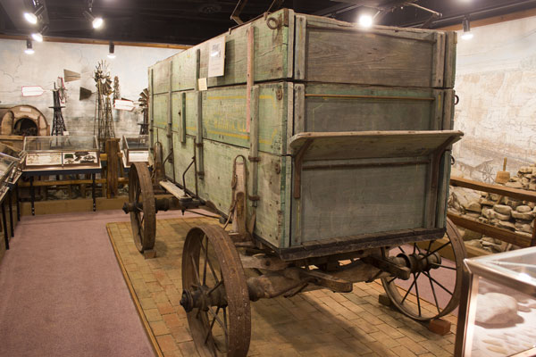 Newton Farm Wagon